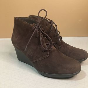 Clarks Suede Crystal Peri Bootie Lace up Brown 6